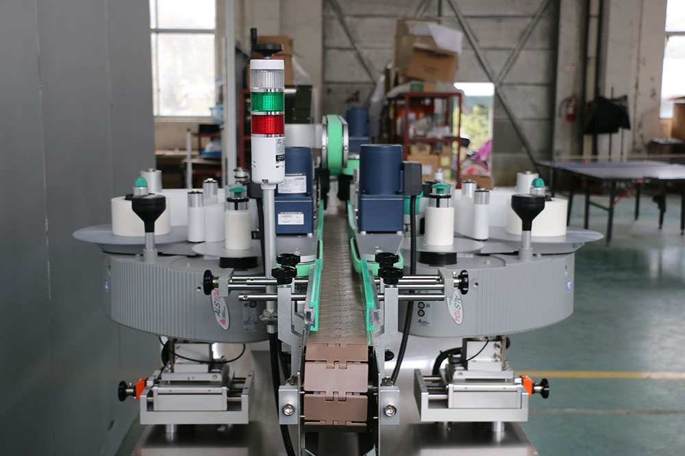 Milk Bottle Front & Back Labeler